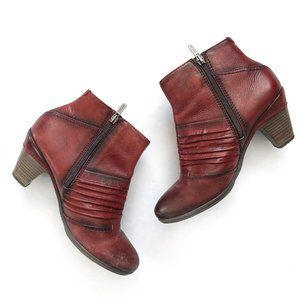 Pikolinos Red Parma Pleated Ankle Bootie Size 7